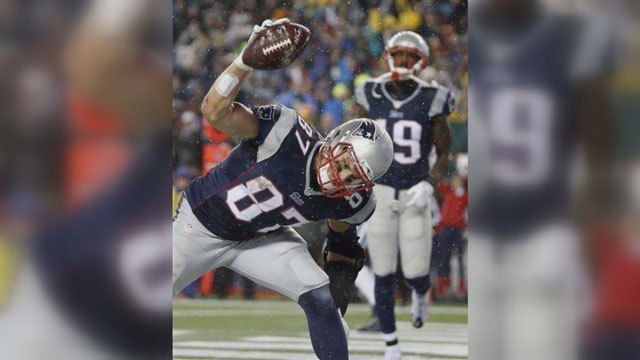Report: NFL found 11 of 12 Patriots footballs under-inflated