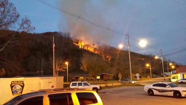 Crews battle wildfire in Oliver Springs