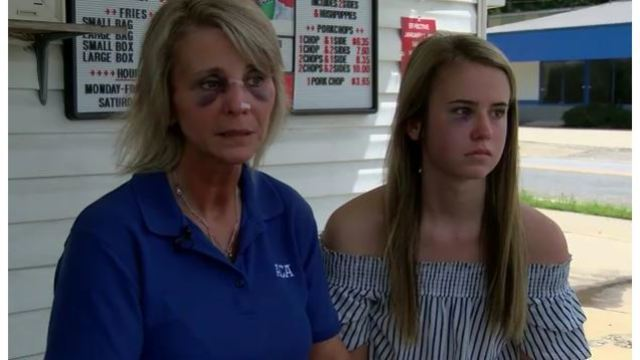 Georgia restaurant owner, teenage daughter brutally attacked over cold chicken