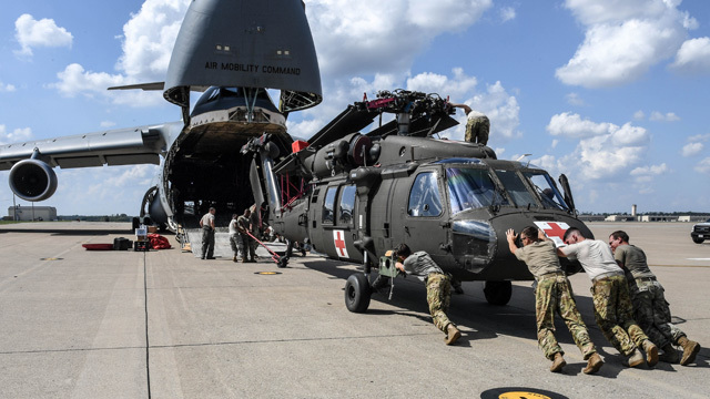 Fort Campbell soldiers deploy to Puerto Rico