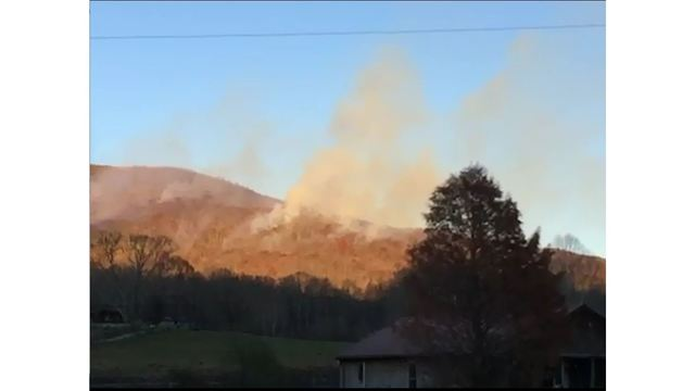 Active forest fire reported in Morgan County