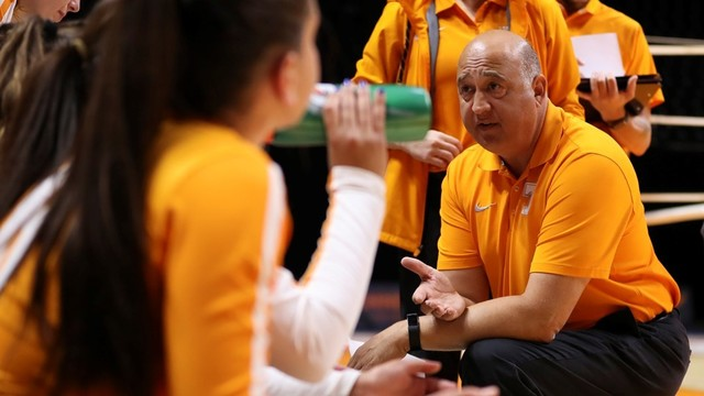 Vols head volleyball coach Rob Patrick announces resignation