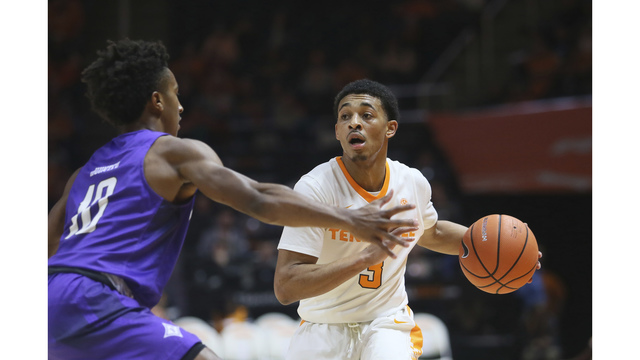 No. 21 Tennessee squeaks past Furman 66-61
