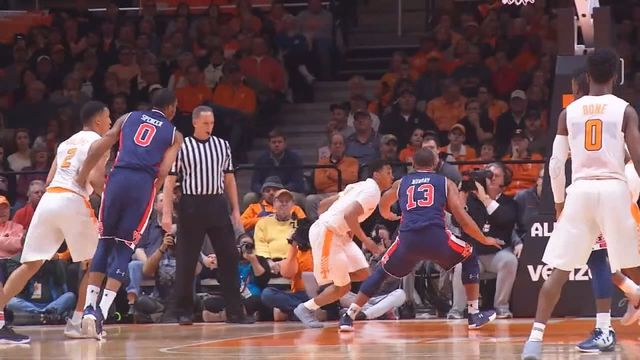 No. 23 Vols drop to 0-2 in SEC with loss to Auburn