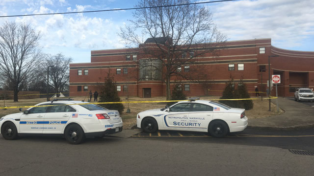 16-year-old critically hurt in shooting outside Nashville high school