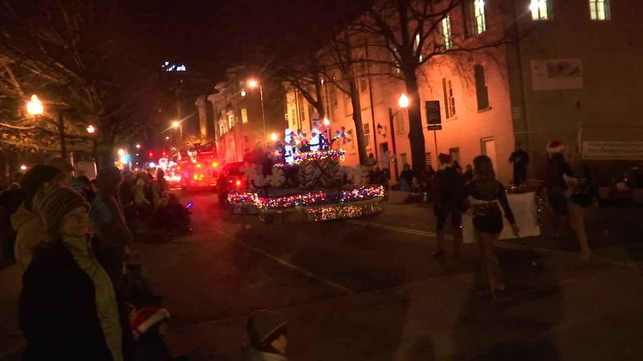 Knoxville Christmas parades lead to road closures