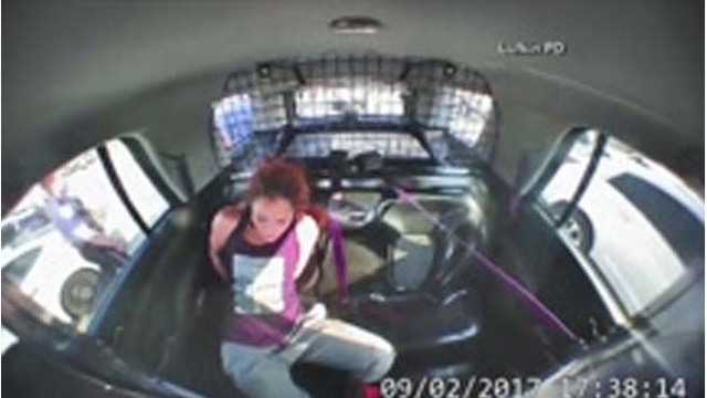 A modern Houdini? Texas woman slips out of handcuffs, steals police car