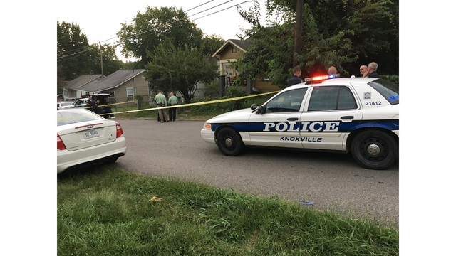 Person of interest located after man's body found in Knoxville house