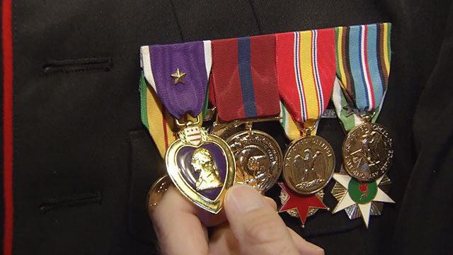 After Purple Heart is stolen, Tennessee veteran given brand new one