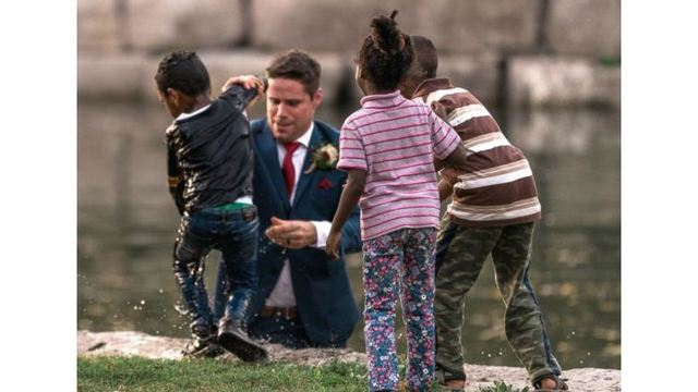 Canadian groom saves drowning child during wedding photo shoot