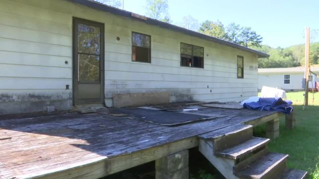 Harriman couple frustrated by unfinished home remodel