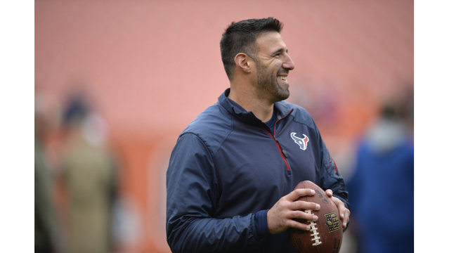 Mike Vrabel hired as Titans new head coach