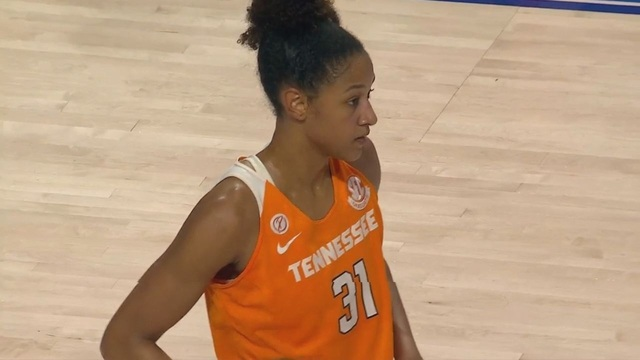 No. 15 Tennessee uses 17 steals to run past Florida 70-42