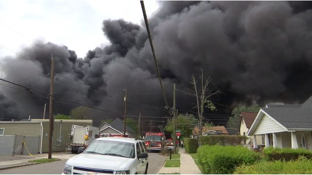 RECYCLING FACILITY FIRE__2_0501_1556737917636.jpg.jpg